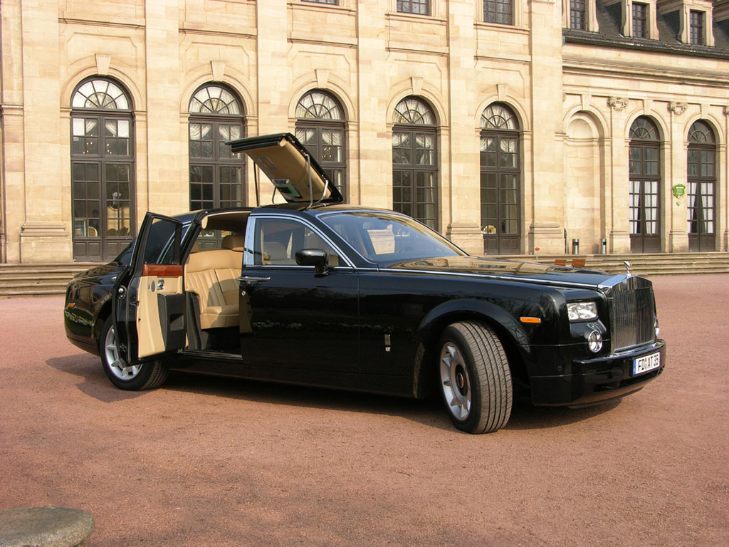 rolls-royce phantom luxury cars